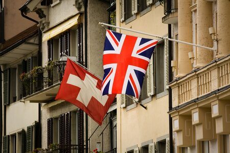 Brexit! Will UK citizens still be allowed to stay in Switzerland